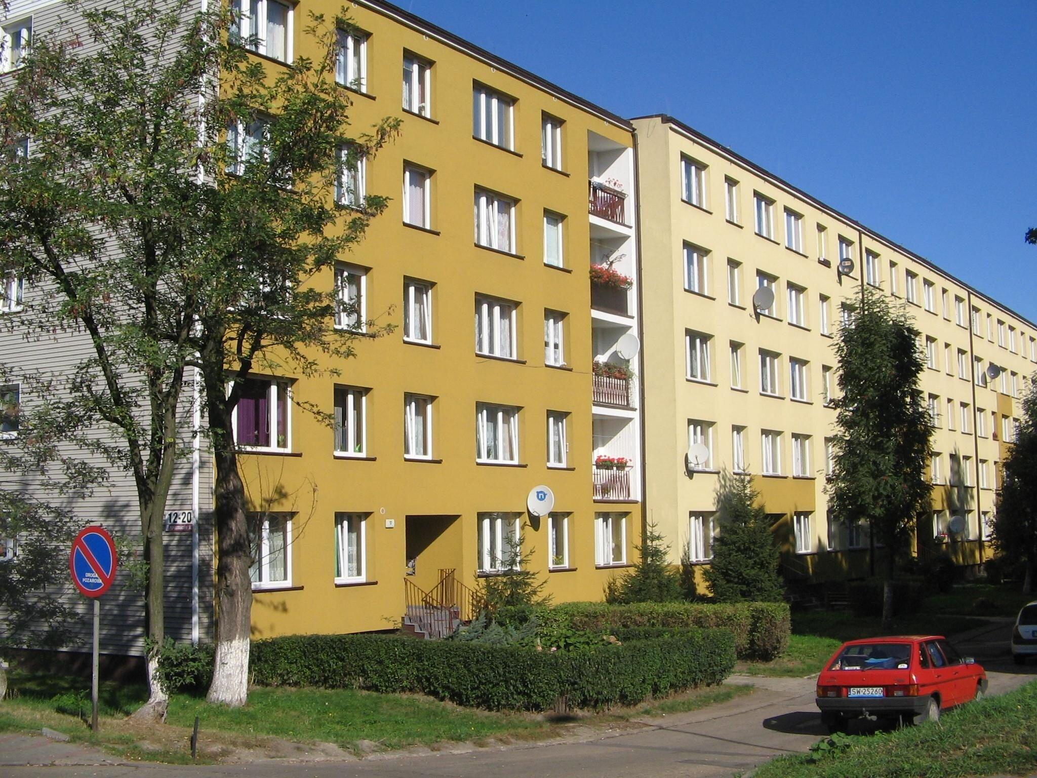 docieplenie_elewacji_budynku_2011_